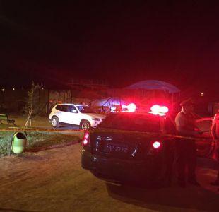 Hallan cuerpo de una mujer dentro de automóvil robado en Vitacura