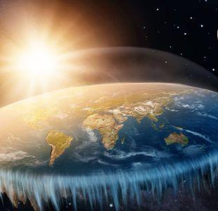 [VIDEO] El experimento de youtuber chileno y uno español que desmienten el terraplanismo