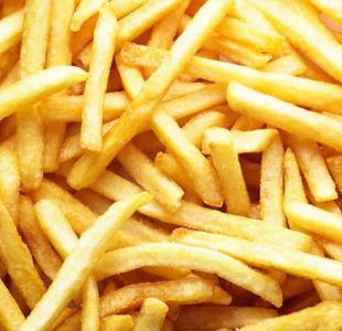 Las papas fritas más populares podrían ser la cura de la calvicie, según estudio