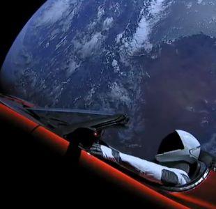 Automóvil Tesla de Elon Musk transmite en vivo su viaje por el espacio