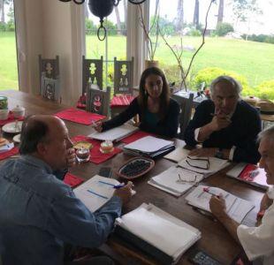Piñera se reúne con comité político en Lago Ranco