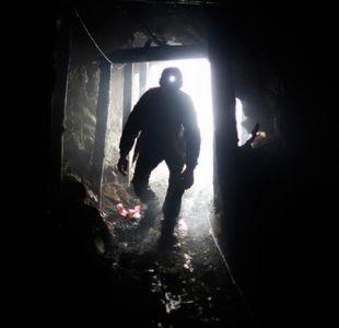 Rescatan con vida a siete mineros tras derrumbe en Colombia