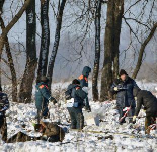 La nieve complica la investigación sobre la caída del avión de pasajeros en Rusia