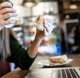 7 formas diferentes (y curiosas) en las que almuerzan los trabajadores en el mundo