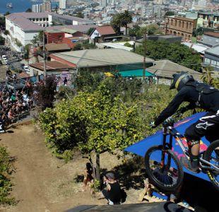[VIDEO] Vértigo y adrenalina: Las mejores tomas que dejó Valparaíso Cerro Abajo