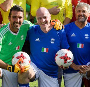 Presidente de la FIFA hace un llamado al fútbol italiano para que reagrupe fuerzas