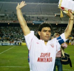 [VIDEO] El documental que cuenta el breve paso de Maradona por el Sevilla que marcó el club