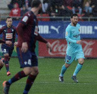 Orellana es expulsado y se gana la ira de su DT en derrota del Eibar ante Barcelona