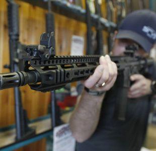 ¿Control de armas o un problema de salud mental? Estados Unidos se divide tras tiroteo en escuela