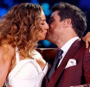 El beso de Carolina de Moras y Rafael Araneda