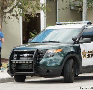 Florida: suspenden a policía que estaba en escuela durante matanza y no entró