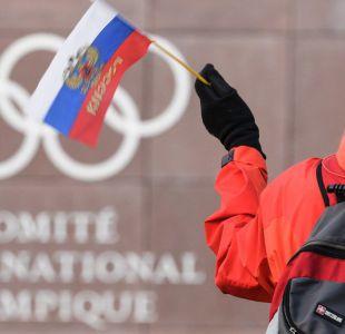 El Comité Olímpico Internacional aprueba levantar la sanción por dopaje a Rusia, con una condición