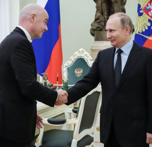 [VIDEO] Putin toca el balón con Infantino a 100 días del Mundial de Rusia