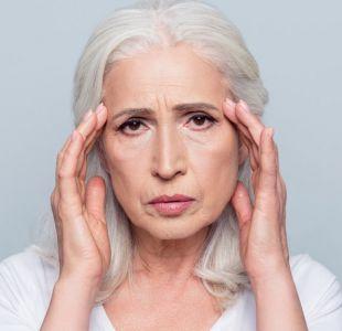 Qué es la cascada amiloide, la hipótesis que domina la investigación sobre el Alzhéimer