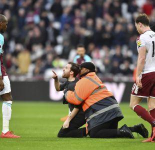 Incidentes en campo del West Ham provocan huida de sus dirigentes