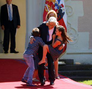 [FOTOS] Los nietos del Presidente Piñera desordenaron la foto familiar en Cerro Castillo