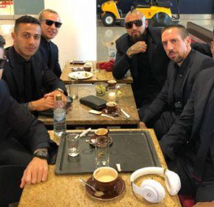 ¿Reservoir Dogs o Bayern Munich?: así lucen Vidal y sus compañeros antes de viajar a Estambul