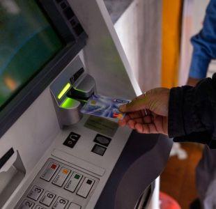 Cómo operaban los hackers acusados de hacer que los cajeros automáticos escupieran dinero