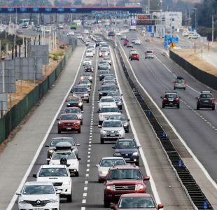 [VIDEO] Fin de semana largo: siete fallecidos y 217 mil autos ya salieron de Santiago