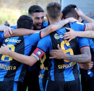 Huachipato vence a Everton en Talcahuano y se mantiene en la parte alta