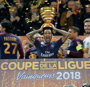 Neymar felicita al PSG y a su amigo Alves por conquistar Copa de la Liga francesa