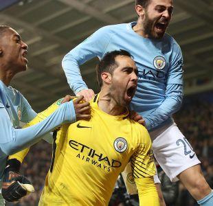 [VIDEO] Así celebró Claudio Bravo el título conseguido con el Manchester City