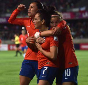 [VIDEO] Pasión sin sueldo: El duro camino del fútbol femenino en Chile