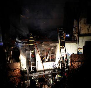 Dos menores de edad fallecieron en incendio en Valparaíso