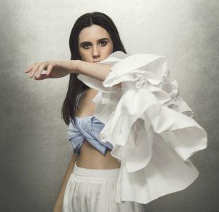 Javiera Mena anuncia show en el Teatro Caupolicán presentando su próximo disco Espejo