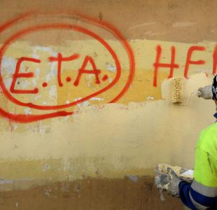 ETA pide perdón a las víctimas