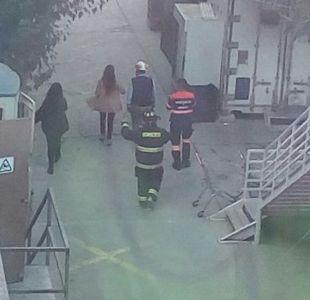 Evacúan jardín infantil de Hospital Gustavo Fricke por posible fuga de gas