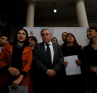 [FOTOS] Diputados Cariola, Bellolio y Cruz-Coke se tomaron test rápido de VIH
