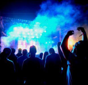 [VIDEO] Rayo cae en escenario de festival de música en Argentina