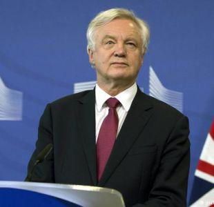 Brexit: Londres espera llegar a acuerdo sustancial en octubre