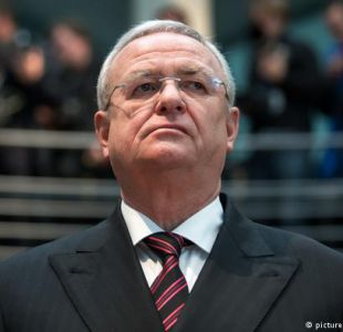 Acusan de conspiración a exjefe de Volkswagen en EEUU