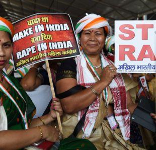 Mujeres protestando contra la violencia sexual en India