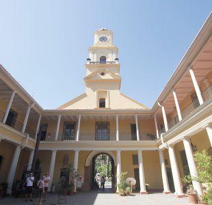 Gobierno pide la renuncia al director del Museo Histórico tras polémica con figura de Pinochet
