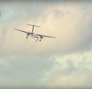 [VIDEO] Pasajeros vivieron momento de terror: fuerte viento complica aterrizaje de avión en Toronto