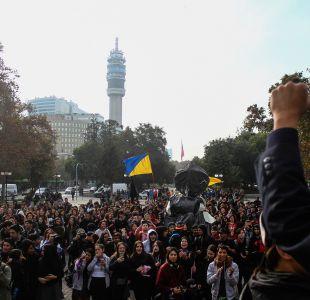 [VIDEO] Las imágenes que dejó la marcha estudiantil no autorizada por la Alameda