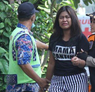 Familia con niños protagonizó ataques suicidas que dejaron 13 muertos en iglesias de Indonesia