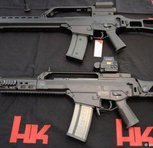 Protestan en Stuttgart contra ventas de armas a México