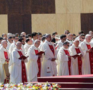 Todos los obispos chilenos dejan carta de renuncia en manos del Papa Francisco