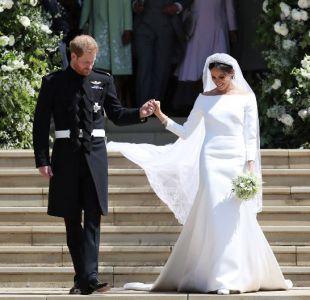 Diseñadora del vestido de Meghan revela qué le dijo el Príncipe Harry tras la boda