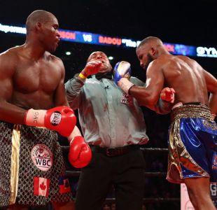 [VIDEO] Árbitro recibe puñetazo en plena pelea de boxeo