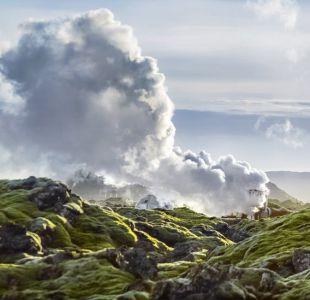Revolucionario experimento de Islandia que digiere emisiones de carbono para convertirlas en rocas