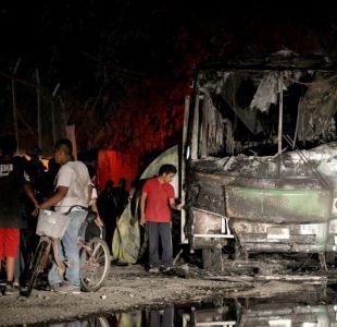 Muere bebé lesionado en ataque de narcos contra autobús en México