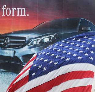 Trump ordena estudiar aranceles a importación de autos extranjeros