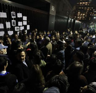 [VIDEO] Apoderados del Instituto Nacional realizan manifestación contra actuar de Carabineros