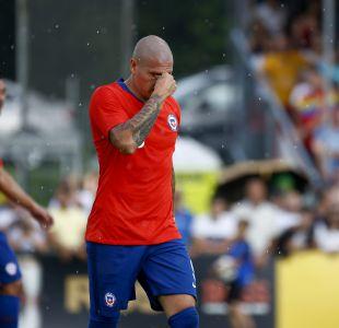[FOTO] El mea culpa de Nicolás Castillo tras su expulsión en derrota de La Roja
