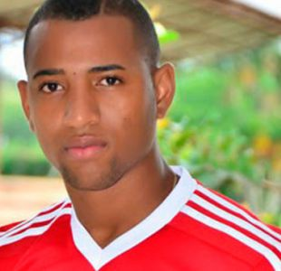 Futbolista es asesinado y otro resulta herido en ataque de pistolero en Colombia